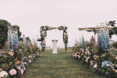 Ceremonie-mariage-centre-table-domaine-moures-132