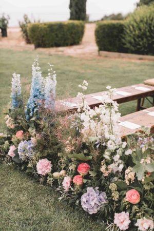 Ceremonie-mariage-centre-table-domaine-moures-9