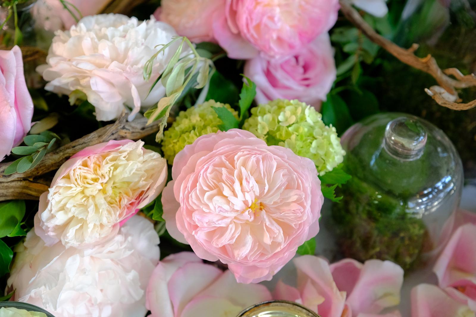 Centre De Table Ancien sinspirer-semarier-centre-de-table-avec-roses-anciennes