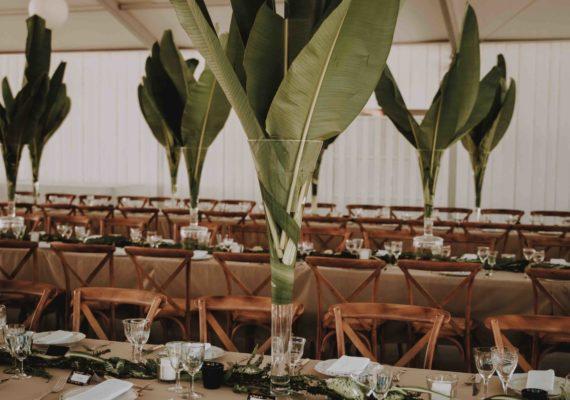 ceremonie-mariage-centre-table-domaine-moures-09